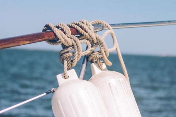 How to become a yacht engineer